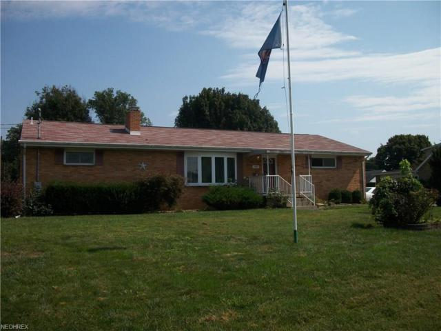 900 Boulevard Dr, Belpre, OH 45714 (MLS #4040155) :: RE/MAX Trends Realty