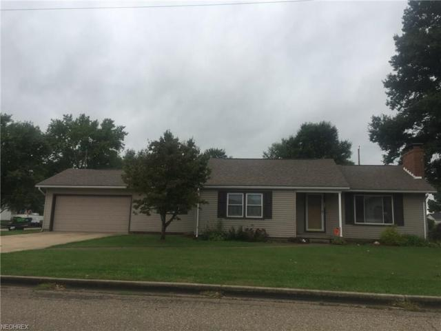 556 Oak Ave SW, Strasburg, OH 44680 (MLS #4040658) :: RE/MAX Edge Realty