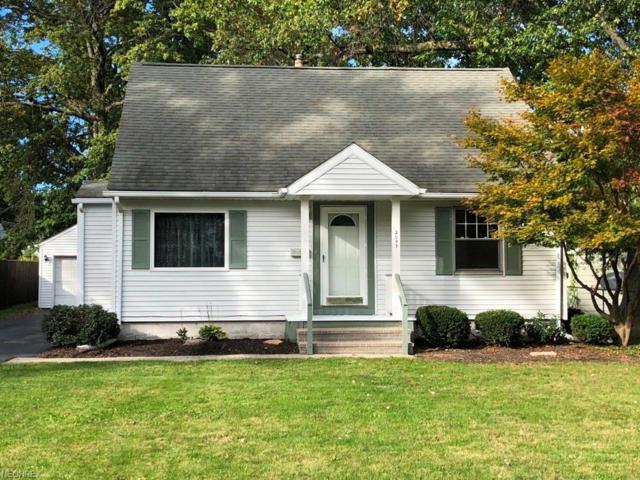 2097 Montclair St NE, Warren, OH 44483 (MLS #4044818) :: RE/MAX Valley Real Estate