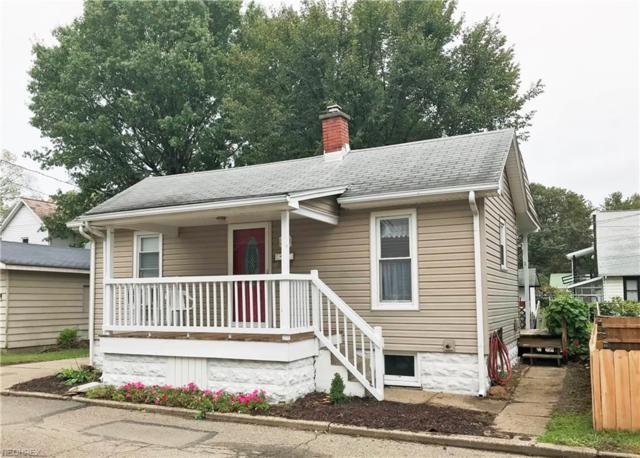 323 Franklin Dr, Dover, OH 44622 (MLS #4045276) :: RE/MAX Edge Realty