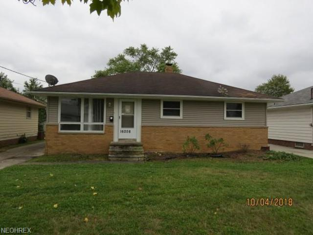 16208 Mendota Ave, Maple Heights, OH 44137 (MLS #4049928) :: The Crockett Team, Howard Hanna