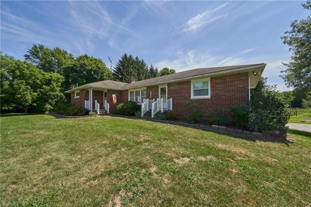 8951 Erie Ave NW, Canal Fulton, OH 44614 (MLS #4050740) :: Tammy Grogan and Associates at Cutler Real Estate