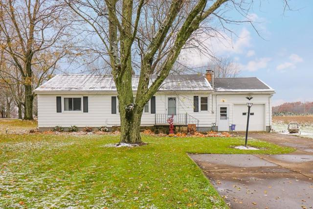 13526 Indian Hollow Rd, Grafton, OH 44044 (MLS #4053842) :: RE/MAX Edge Realty