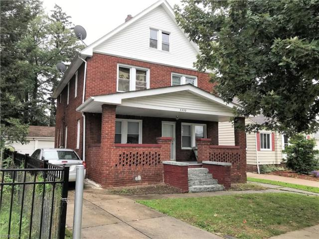 3332 W 144th St, Cleveland, OH 44111 (MLS #4054175) :: The Crockett Team, Howard Hanna