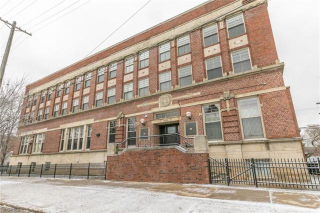 3200 Franklin Blvd #201, Cleveland, OH 44113 (MLS #4055084) :: RE/MAX Edge Realty
