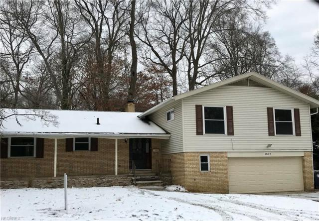 1839 Brookshire Rd, Akron, OH 44313 (MLS #4055573) :: RE/MAX Edge Realty