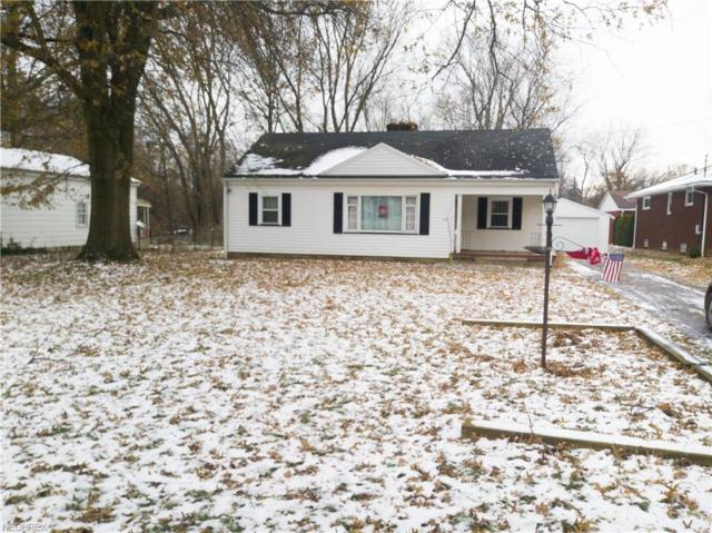 352 Colonial Dr, Youngstown, OH 44505 (MLS #4056105) :: The Crockett Team, Howard Hanna