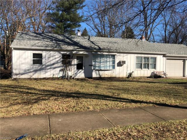 1117 Seward Ave, Akron, OH 44320 (MLS #4062641) :: The Crockett Team, Howard Hanna