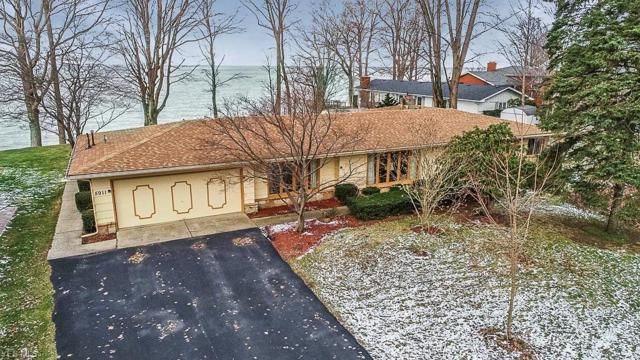 5911 Shore Dr, Madison, OH 44057 (MLS #4063342) :: RE/MAX Edge Realty