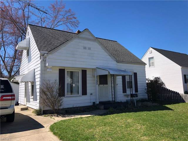 2392 27th St, Cuyahoga Falls, OH 44223 (MLS #4066447) :: RE/MAX Edge Realty