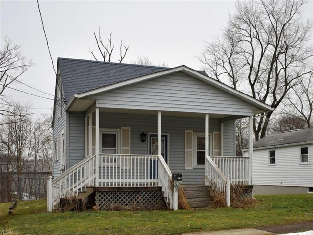 322 E Walnut St, Wadsworth, OH 44281 (MLS #4068297) :: RE/MAX Edge Realty