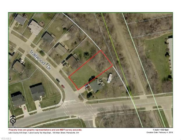 621 Trailwood Dr, Painesville, OH 44077 (MLS #4071055) :: RE/MAX Edge Realty