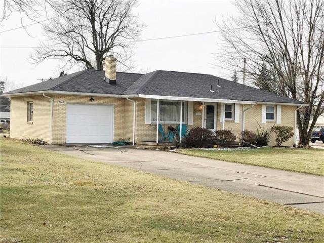 2005 Country Club Ave, Youngstown, OH 44514 (MLS #4072298) :: RE/MAX Edge Realty