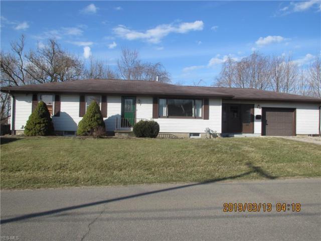 19 Beechrock Dr, Zanesville, OH 43701 (MLS #4077199) :: RE/MAX Edge Realty