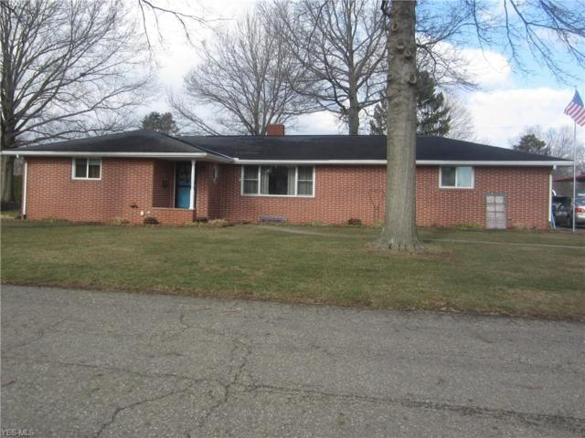 840 4th St SE, New Philadelphia, OH 44663 (MLS #4077998) :: RE/MAX Edge Realty