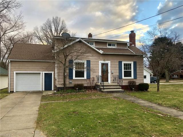 916 E Broad St, Louisville, OH 44641 (MLS #4078056) :: RE/MAX Edge Realty