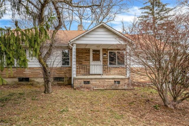 1105 Ridgefield Ave, Alliance, OH 44601 (MLS #4078202) :: Tammy Grogan and Associates at Cutler Real Estate