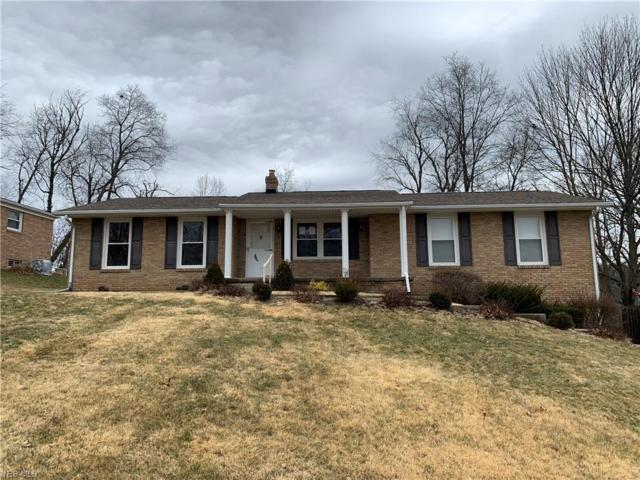 2930 Roanoke St NW, Massillon, OH 44646 (MLS #4079153) :: RE/MAX Edge Realty