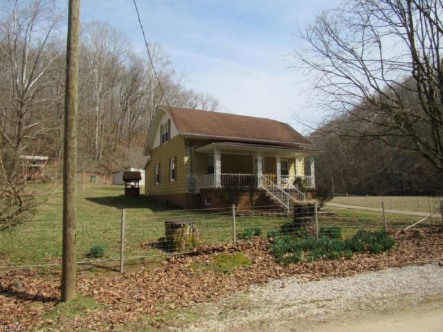 349 Maple Run, Looneyville, WV 25259 (MLS #4086100) :: The Crockett Team, Howard Hanna