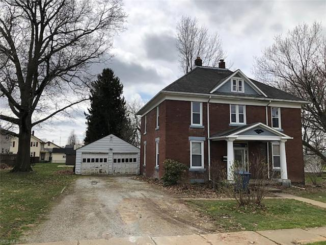 510 E Broad St, Louisville, OH 44641 (MLS #4088182) :: RE/MAX Edge Realty