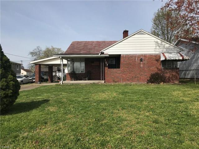 707 Warren Ave, Belpre, OH 45714 (MLS #4091946) :: RE/MAX Edge Realty