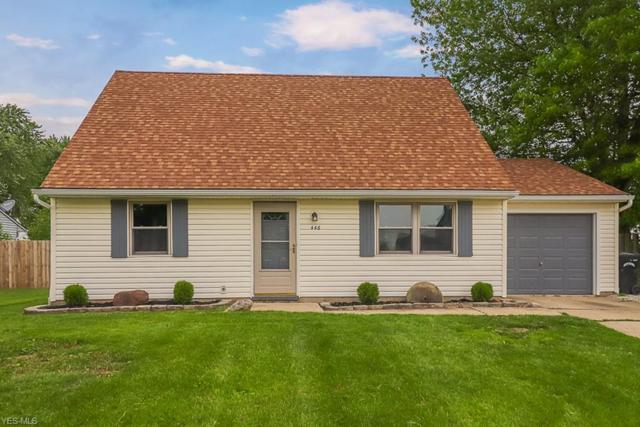 446 Carol Ln, Elyria, OH 44035 (MLS #4097879) :: RE/MAX Valley Real Estate