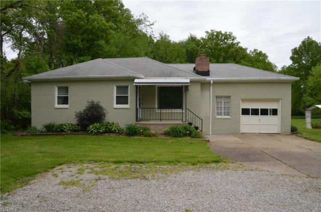 7589 Fitch Rd, Olmsted Township, OH 44138 (MLS #4098138) :: The Crockett Team, Howard Hanna