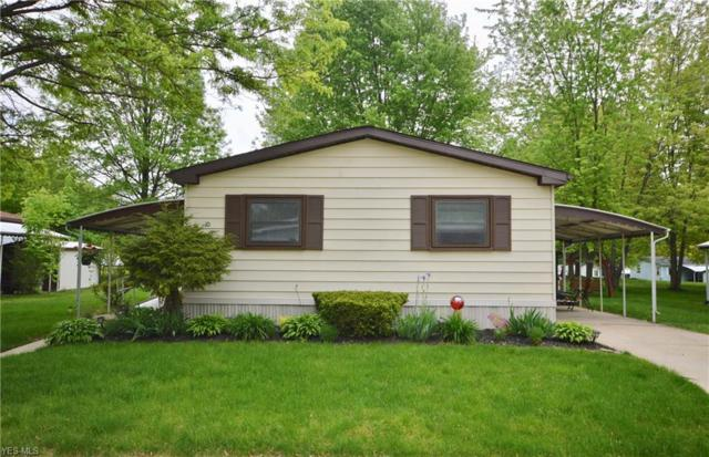 10 Dogwood, Olmsted Township, OH 44138 (MLS #4098235) :: The Crockett Team, Howard Hanna
