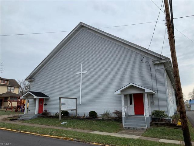 100 Mccook Avenue NE, Carrollton, OH 44615 (MLS #4098610) :: The Crockett Team, Howard Hanna