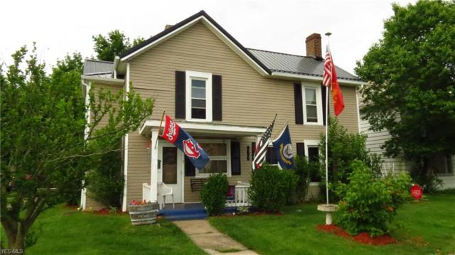 1002 Chestnut St, Coshocton, OH 43812 (MLS #4098768) :: RE/MAX Edge Realty