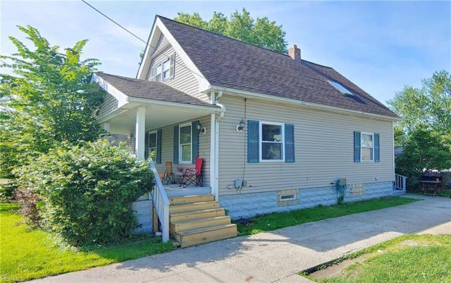 5139 Greenhurst Drive, Maple Heights, OH 44137 (MLS #4111231) :: The Crockett Team, Howard Hanna