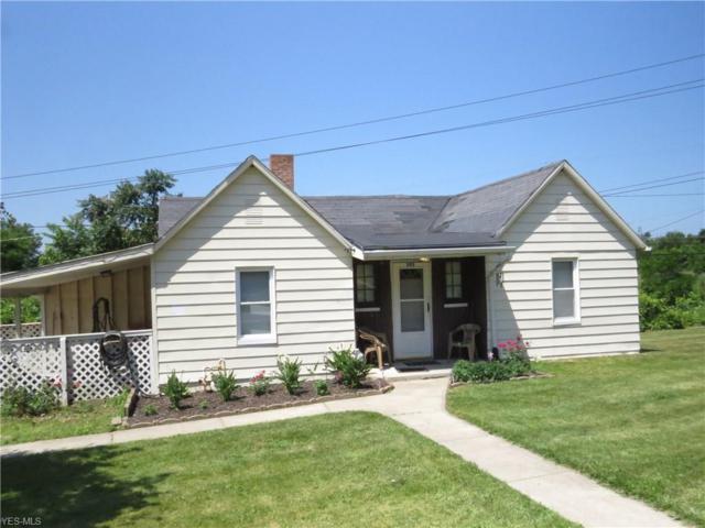 393 Fairport Nursery Road, Painesville, OH 44077 (MLS #4114129) :: The Crockett Team, Howard Hanna
