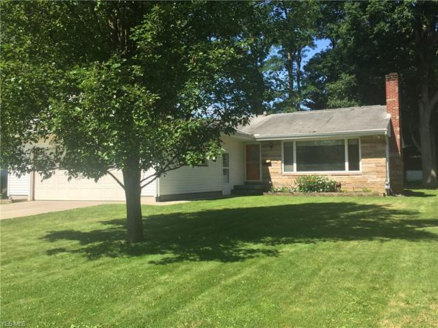 60 Lakeview Drive, Columbiana, OH 44408 (MLS #4115380) :: The Crockett Team, Howard Hanna