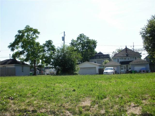 232 7th Street NW, Barberton, OH 44203 (MLS #4115422) :: RE/MAX Valley Real Estate