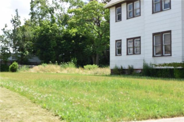 7711 Colgate Avenue, Cleveland, OH 44102 (MLS #4115934) :: RE/MAX Edge Realty