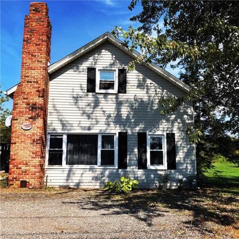10984 Kinsman Road, Newbury, OH 44065 (MLS #4116455) :: The Crockett Team, Howard Hanna