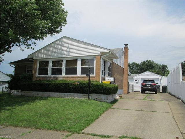 3935 Ennis Circle NE, Canton, OH 44705 (MLS #4116556) :: RE/MAX Trends Realty