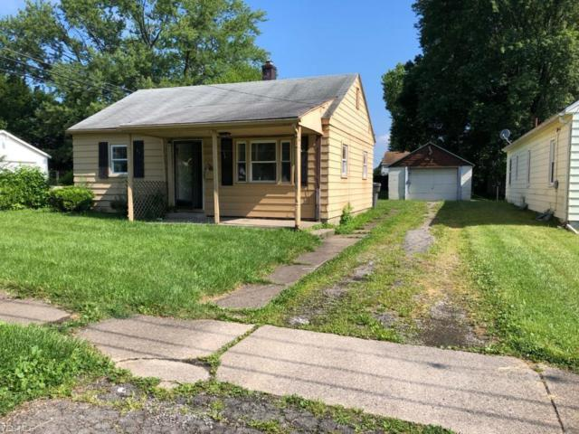 802 E Florida Avenue, Youngstown, OH 44502 (MLS #4116580) :: Keller Williams Chervenic Realty