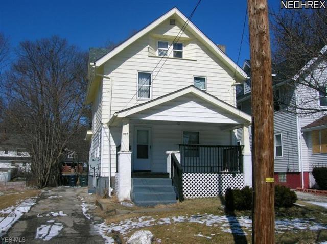 987 Whittier Avenue, Akron, OH 44320 (MLS #4117834) :: The Crockett Team, Howard Hanna
