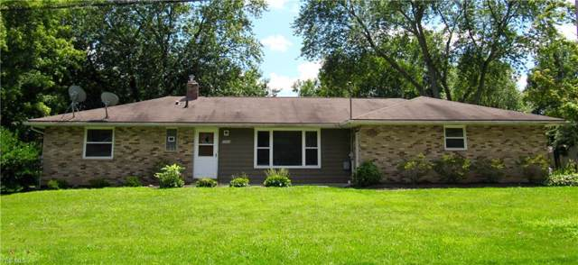 3304 Elgin Drive, Fairlawn, OH 44333 (MLS #4120658) :: The Crockett Team, Howard Hanna