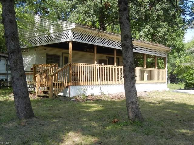 401 Safari Trail Road SW, East Sparta, OH 44626 (MLS #4123270) :: The Crockett Team, Howard Hanna