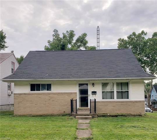 1806 Saint Elmo Avenue NE, Canton, OH 44705 (MLS #4123657) :: RE/MAX Valley Real Estate