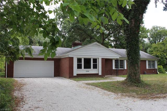 3256 S Union Avenue, Alliance, OH 44601 (MLS #4124160) :: RE/MAX Edge Realty