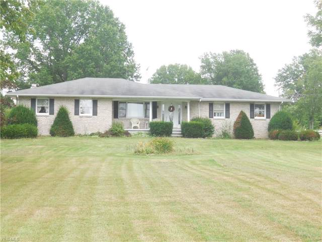 6153 Weaver Road, Berlin Center, OH 44401 (MLS #4125287) :: The Crockett Team, Howard Hanna