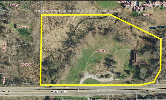 4837 Medina Road, Copley, OH 44321 (MLS #4126027) :: The Crockett Team, Howard Hanna