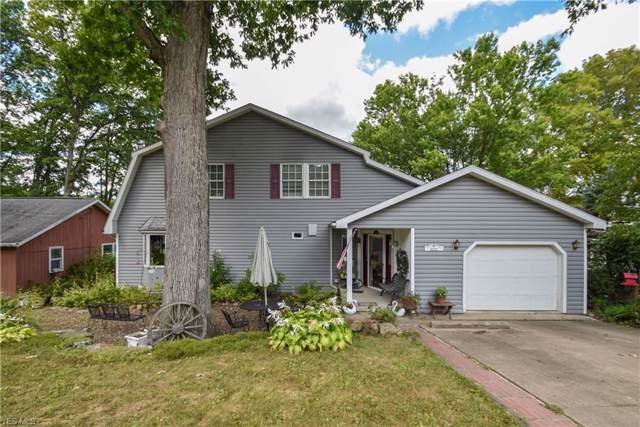 32132 Wooddale Drive, Hanoverton, OH 44423 (MLS #4130069) :: The Crockett Team, Howard Hanna