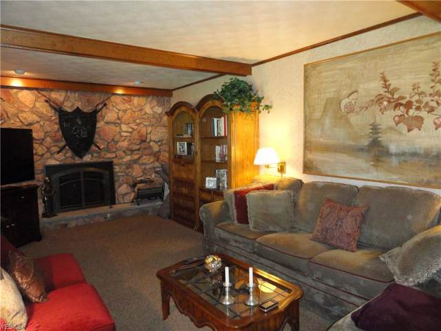 253 Scenery Drive, Weirton, WV 26062 (MLS #4130407) :: The Crockett Team, Howard Hanna
