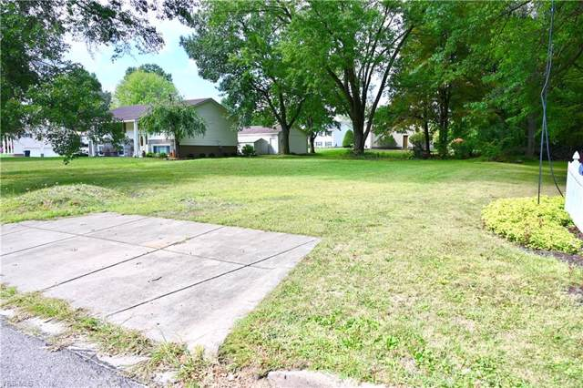 4428 Aspen Drive, Youngstown, OH 44515 (MLS #4133528) :: RE/MAX Valley Real Estate