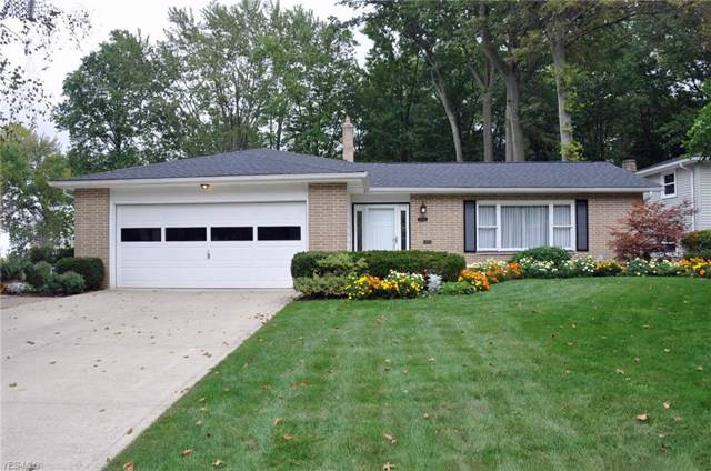 6743 Chadbourne Drive, North Olmsted, OH 44070 (MLS #4133594) :: RE/MAX Valley Real Estate