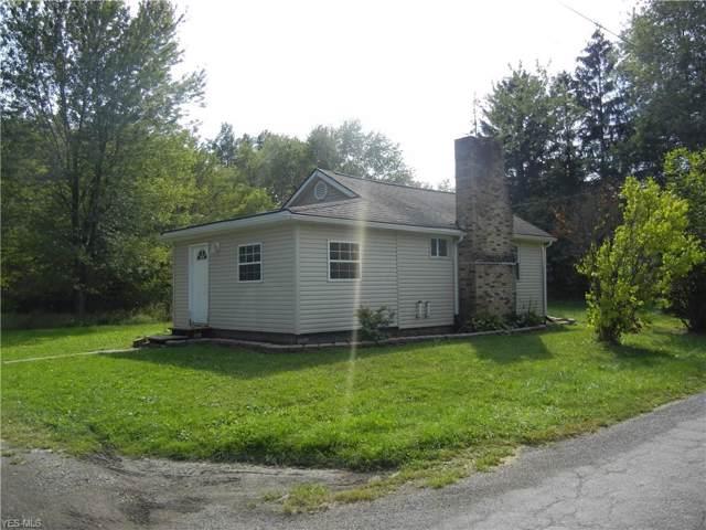 1498 Seater Road NW, Warren, OH 44485 (MLS #4134102) :: The Crockett Team, Howard Hanna